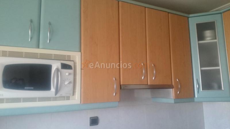 Muebles de cocina con electrodomésticos (1580040) - eAnuncios.com